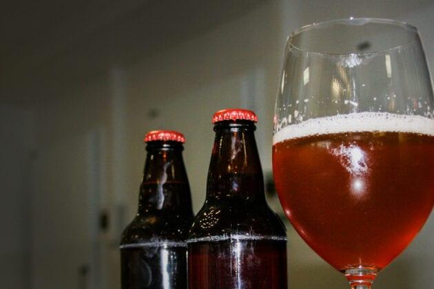 Det urnorske ølgjæret kveik hadde nesten gått i glemmeboka. Nå er kveik-øl blitt svært populært.